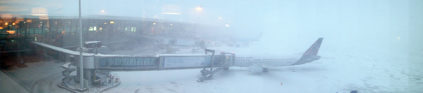 Zaventem Airport during the 20 December 2009 Snow Storm